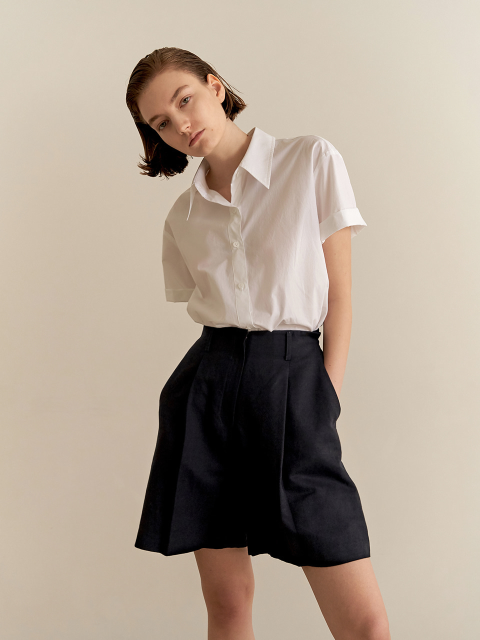 Wide linen shorts - navy