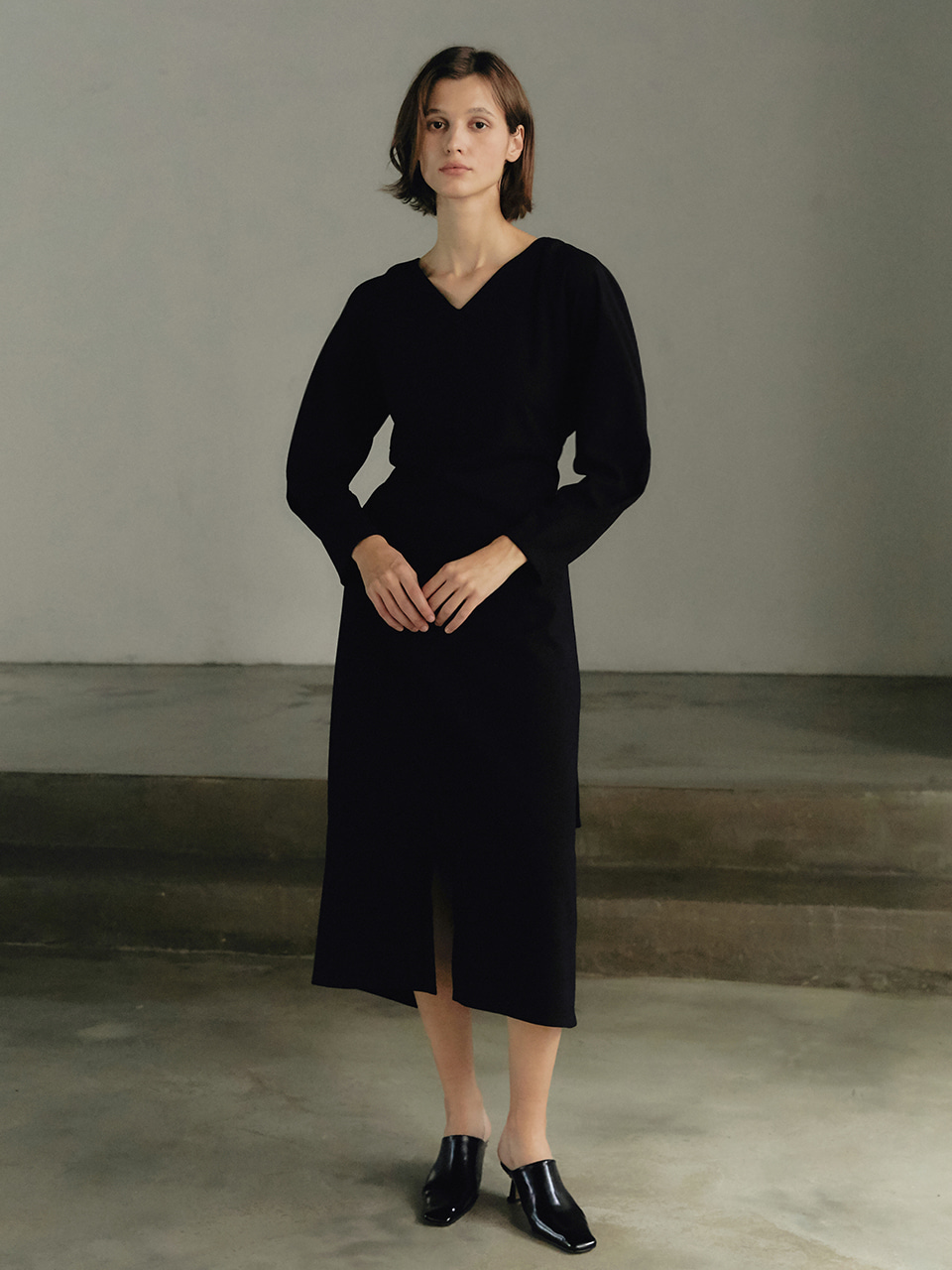 Curved wool dress - Black