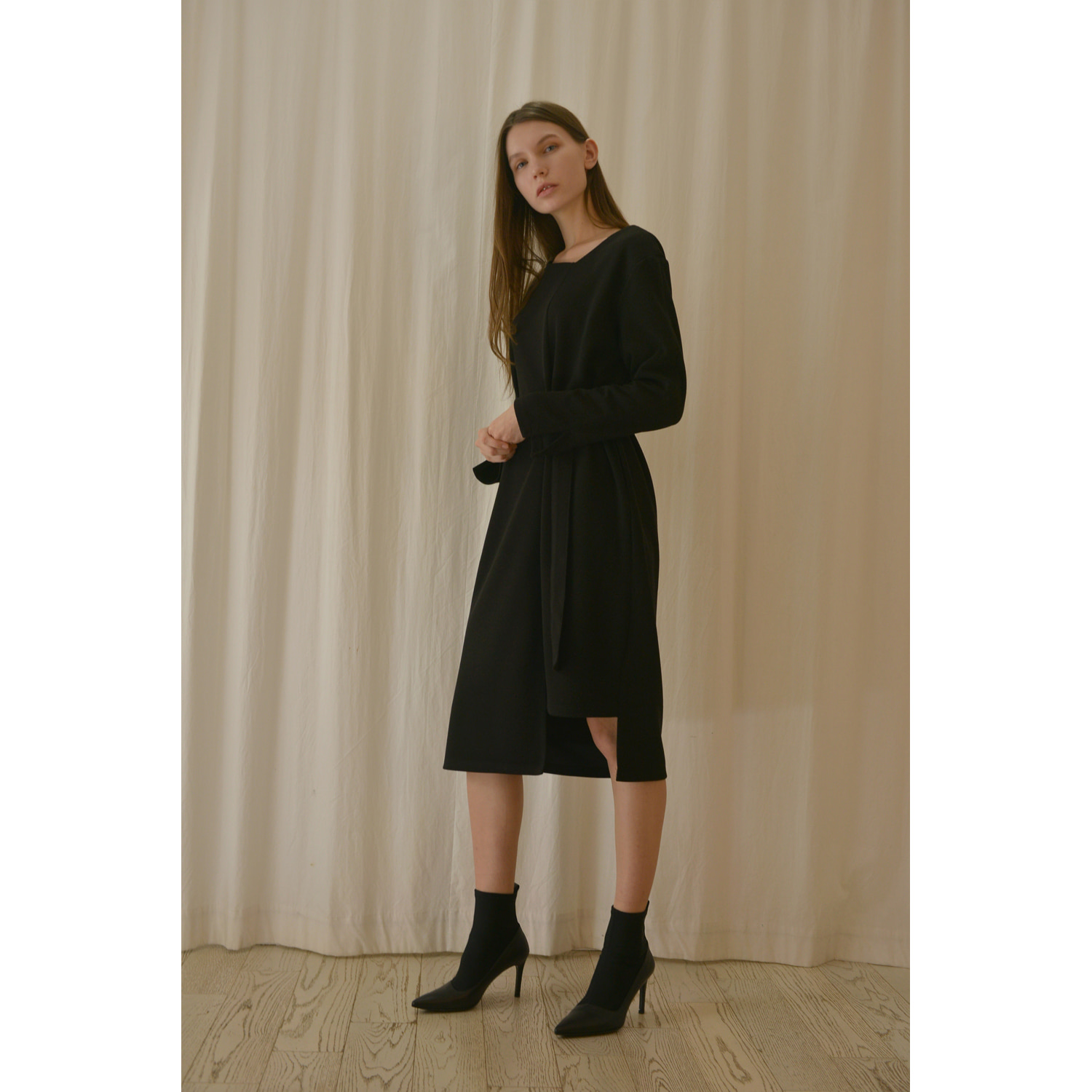 Unbalanced Dress - Black