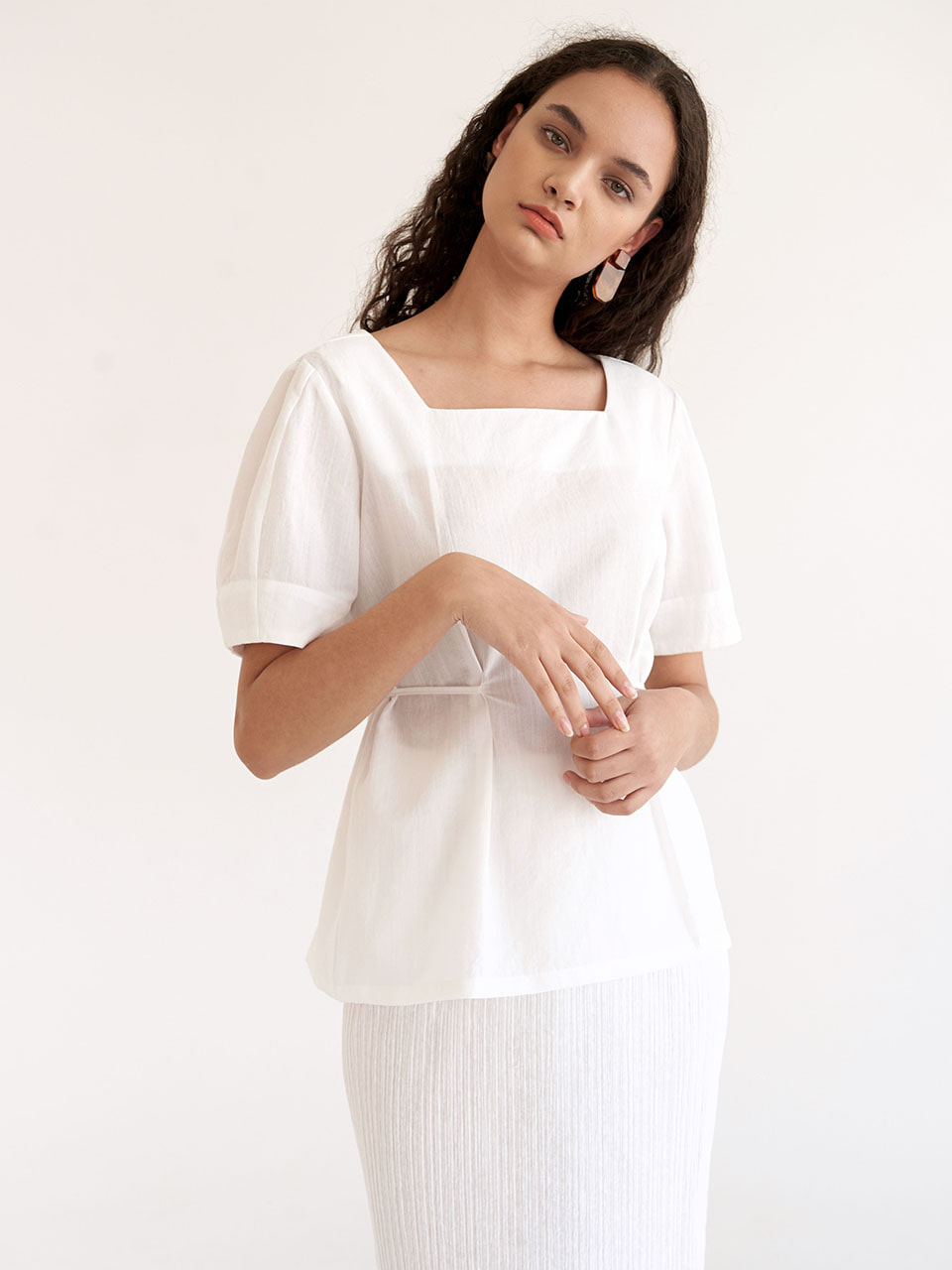 Sqaure Blouse - White
