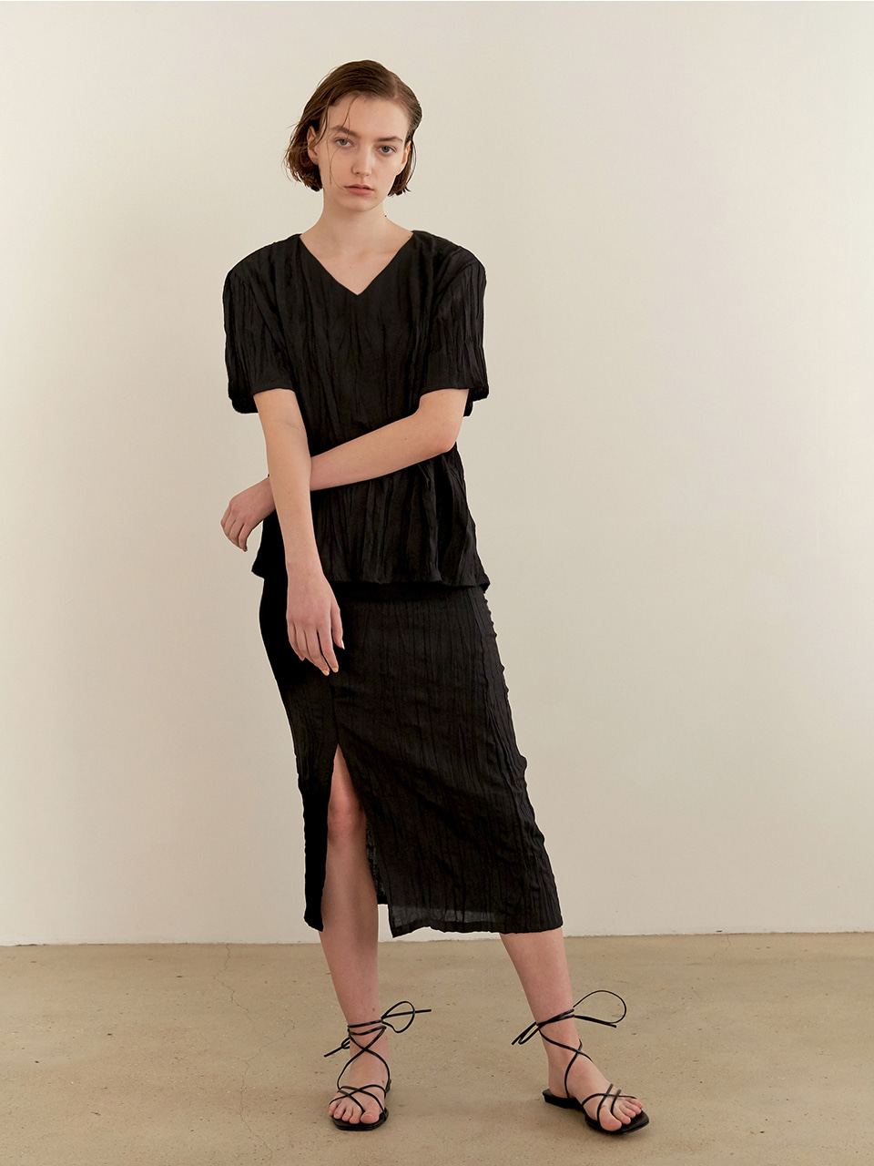 Wrinkle Slit Skirt - black