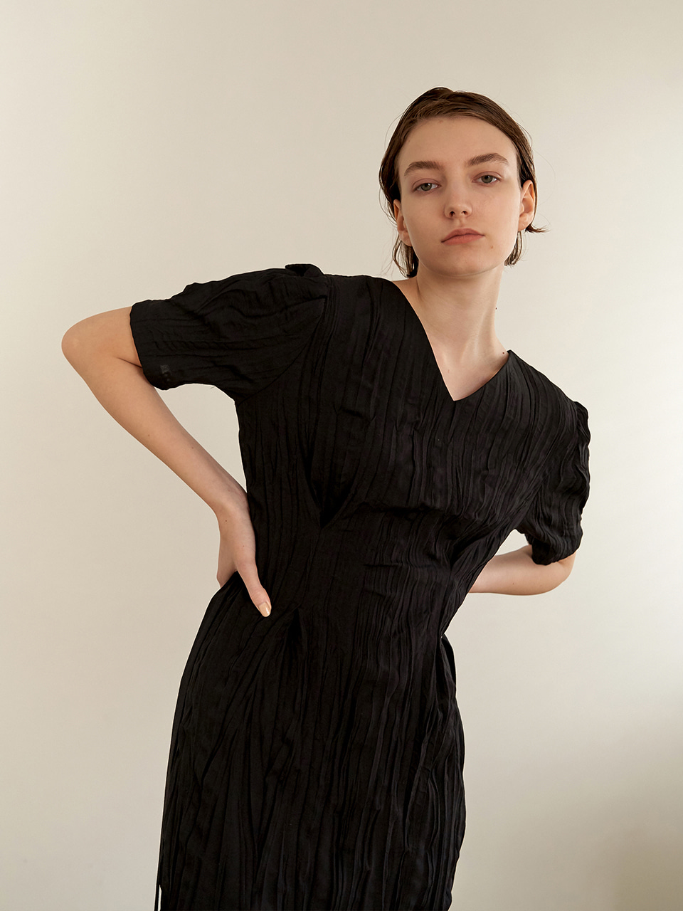 Wrinkle reversible dress - black