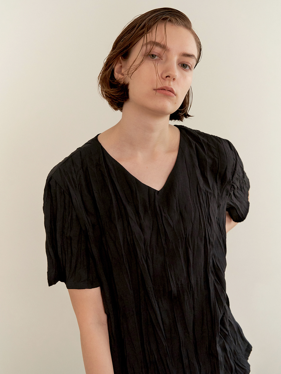 Wrinkle blouse-black