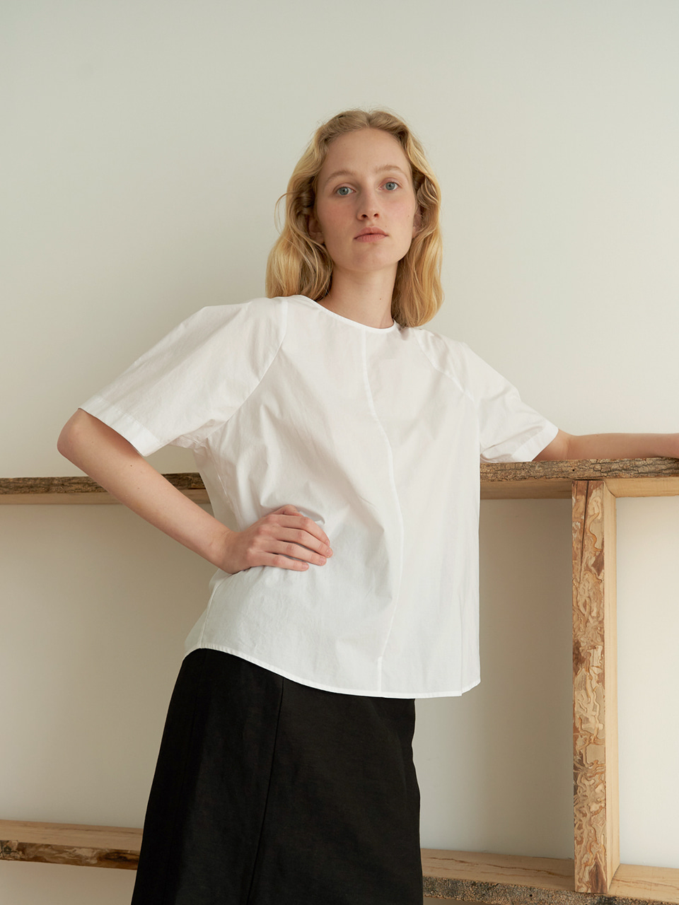 Round cotton blouse - White