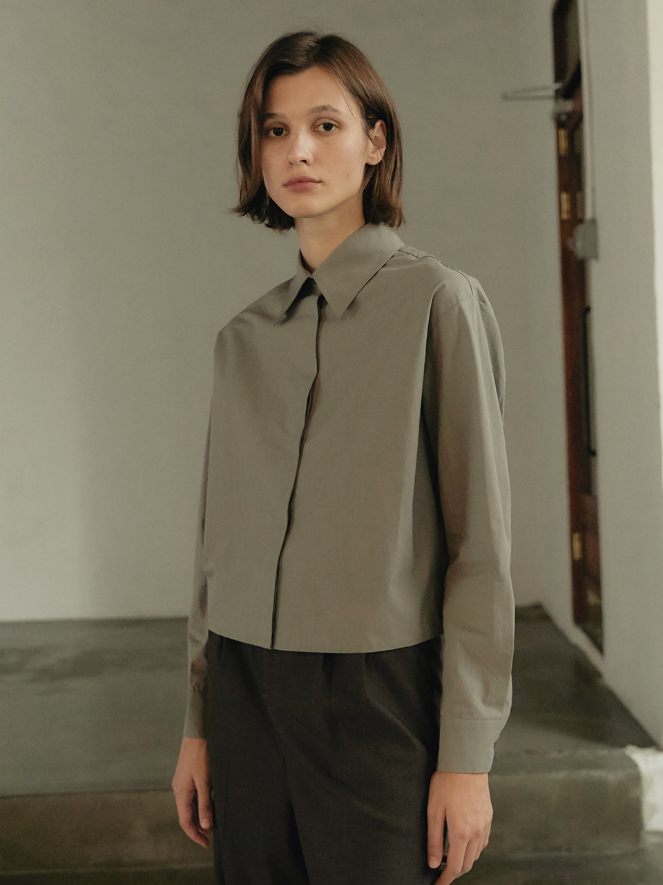 Crop cotton shirt - Khaki gray