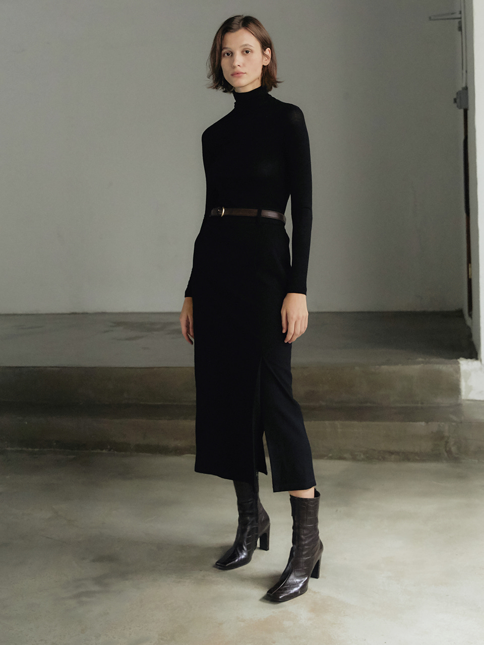 Wool tuck skirt - Black
