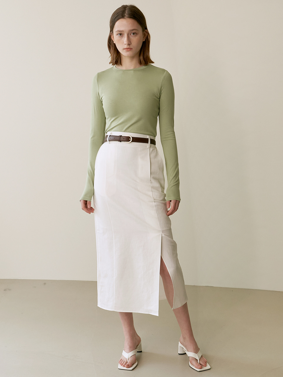 Linen tuck skirt - White